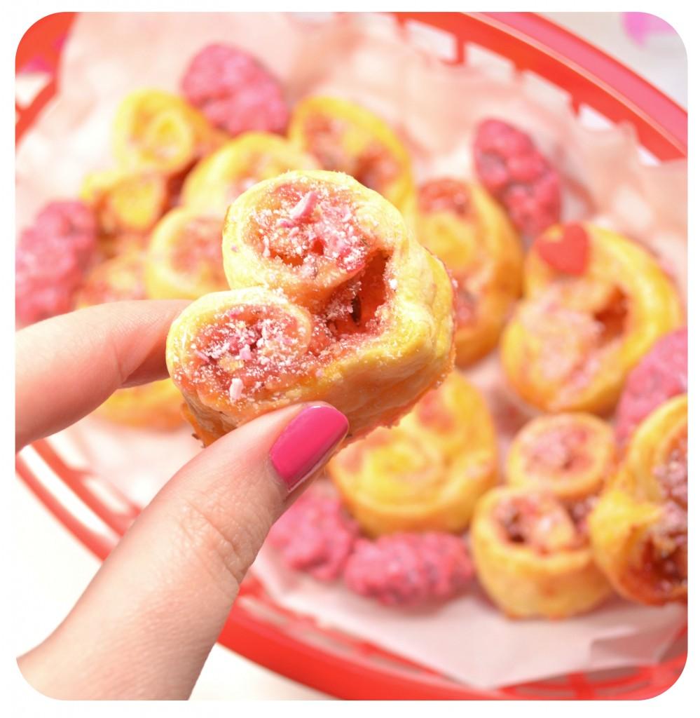 coeurs-feuilletes-praline-rose-creme-patissiere-recette