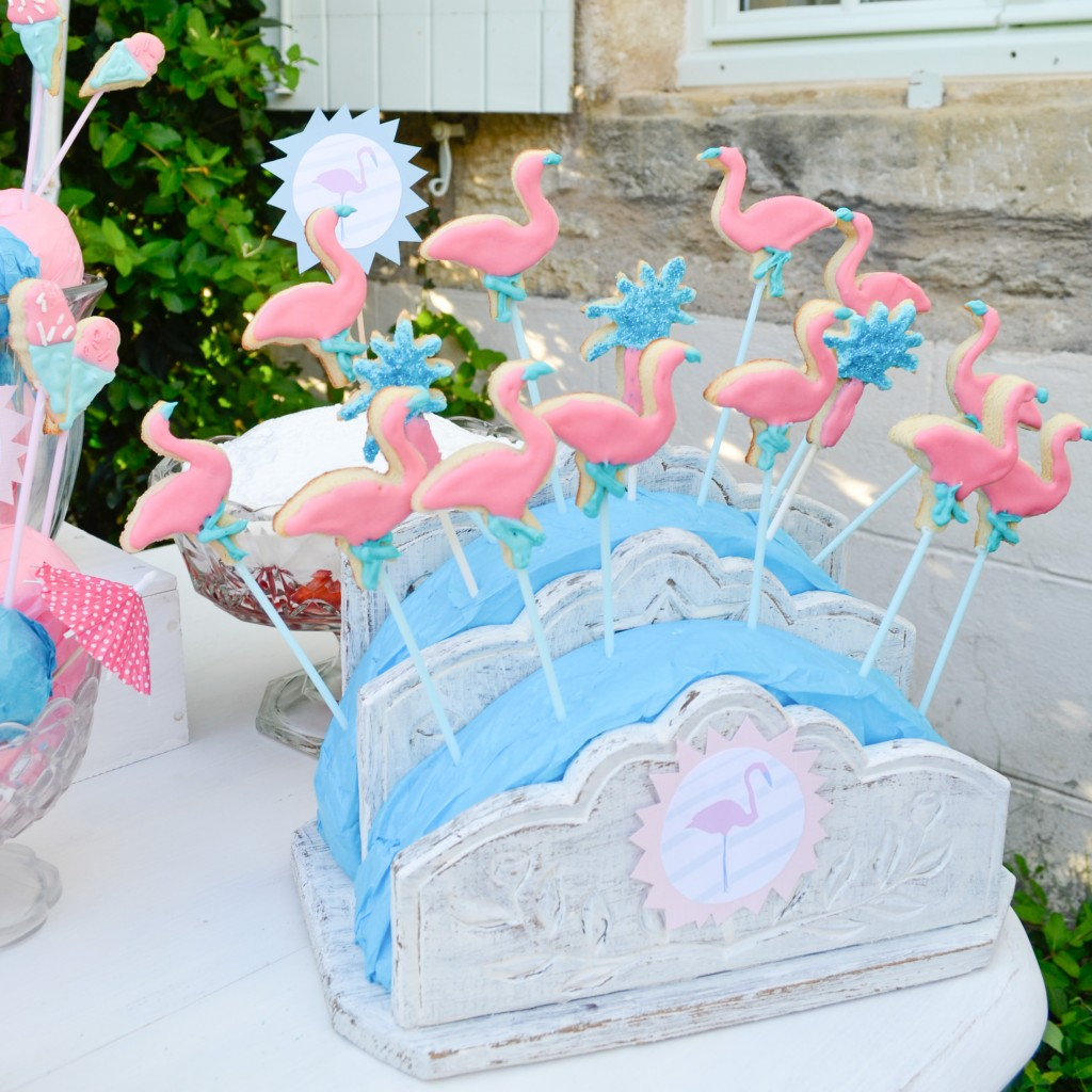 sweet table - flamant rose - turquoise- cakemart - cakepop - cupcake - flamingo party - cookie pop