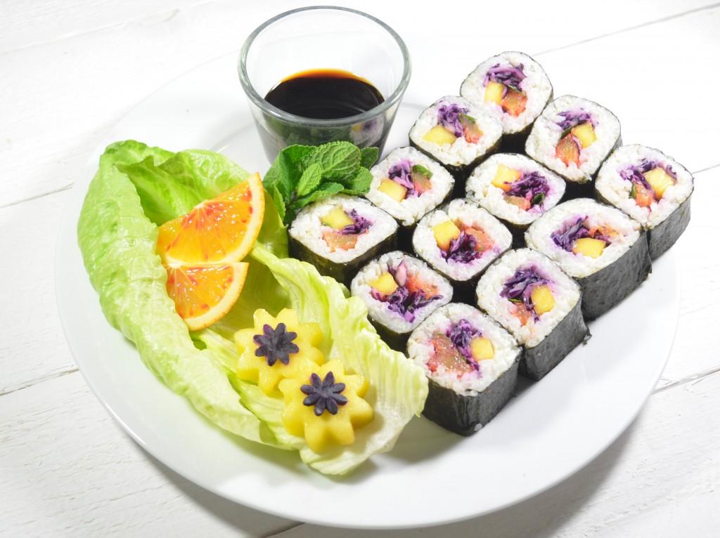 maki végétariens mangue chou rouge fromage frais orange sanguine cumin menthe
