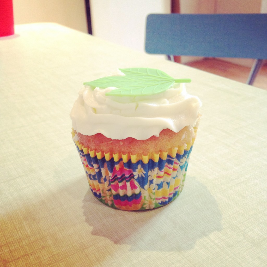 easter cupcake leaf baran