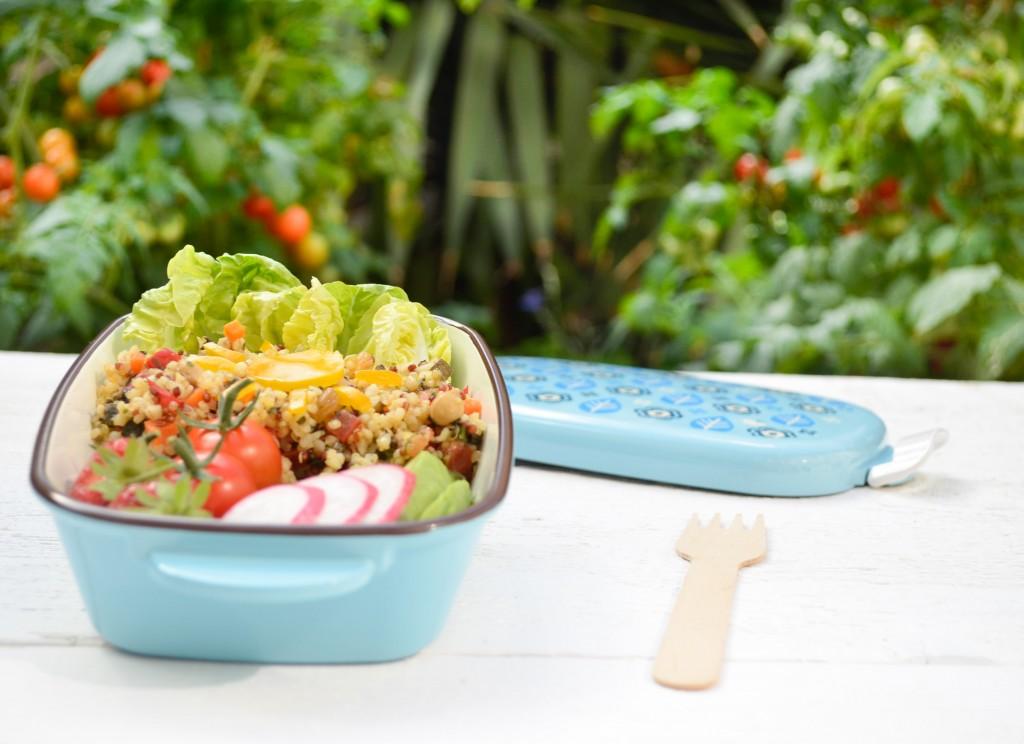 bento vegetarien taboulé boulgour quinoa conriandre café lunch jardin plan de tomate